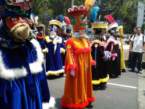 Se ve, se siente, Xochimilco esta presente... en la marcha del orgullo.