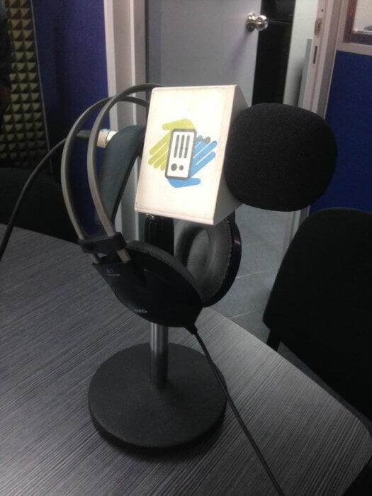 microfono de radio locutor