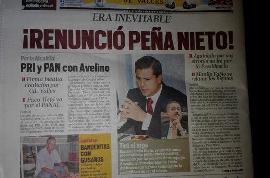 Anuncian la renuncia de EPN.