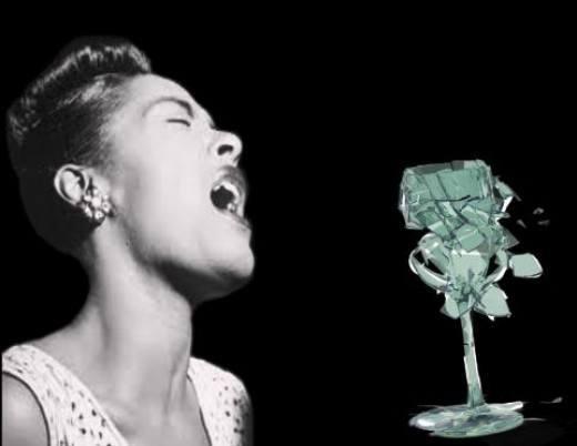 miley cyrus romper copa con la voz