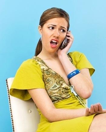 mujer-hablando-enojada