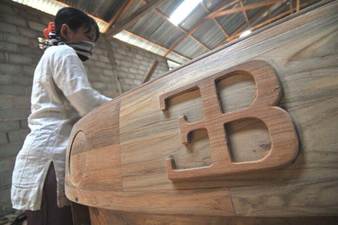 bugatti veyron hecho a mano