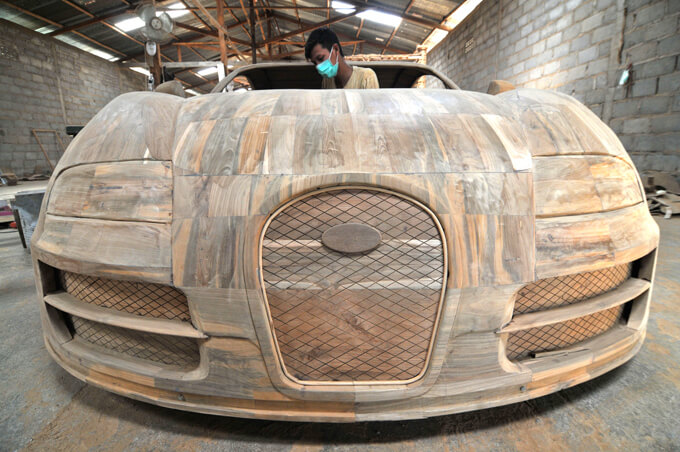 bugatti veyron hecho de madera