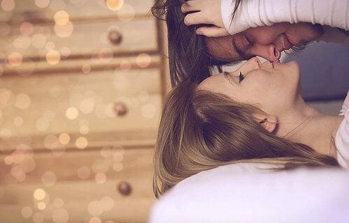 Aprende cómo ser feliz en tu relación