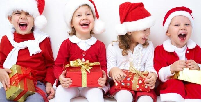 entretener niños pequeños en navidad