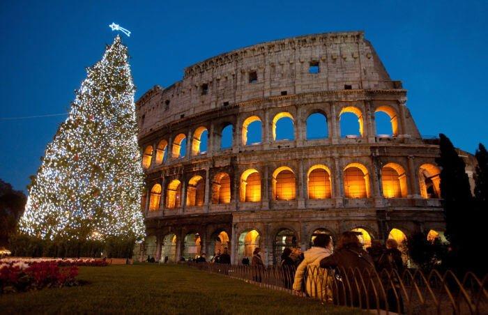 cómo celebra navidad italia roma
