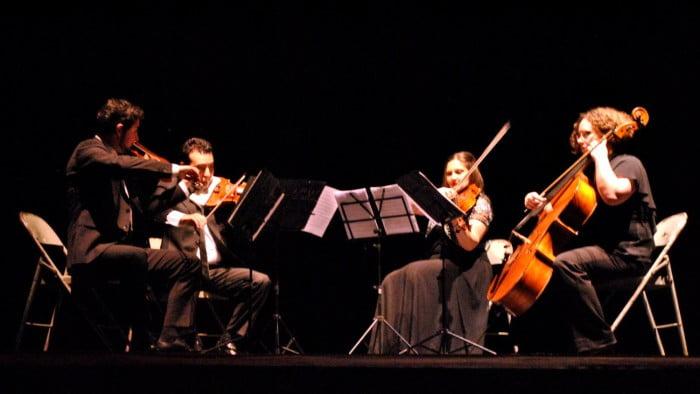 Estudio y práctica de música académica