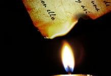 como Hacer una carta antigua quemada