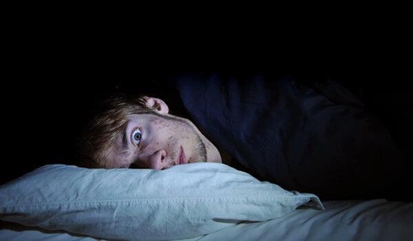 El celular puede causar Insomnio