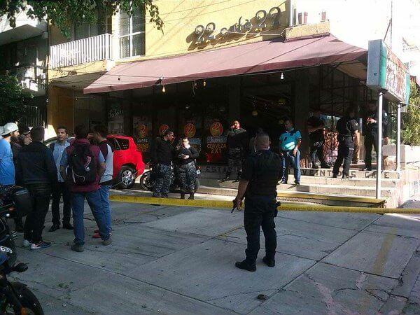 Café donde Raul Robles impartía conferencia