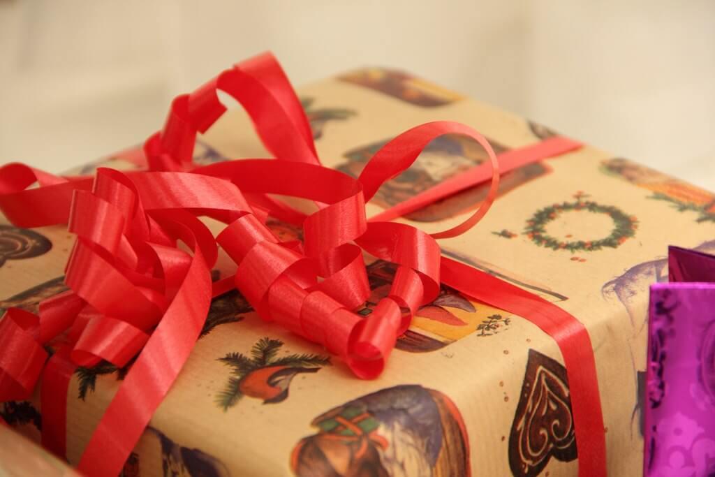 Cómo comprar los regalos Navideños | NeoStuff