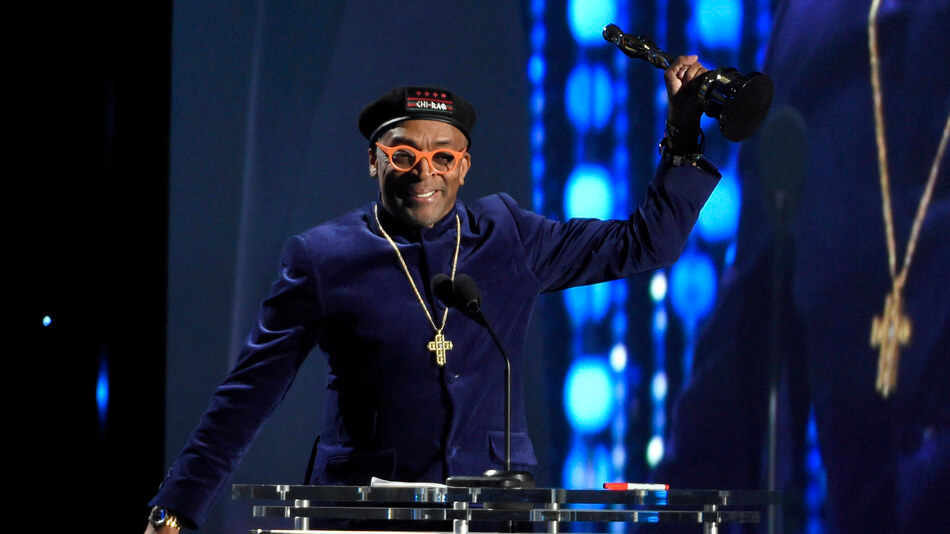 Spike Lee recibiendo su Oscar Honorífico