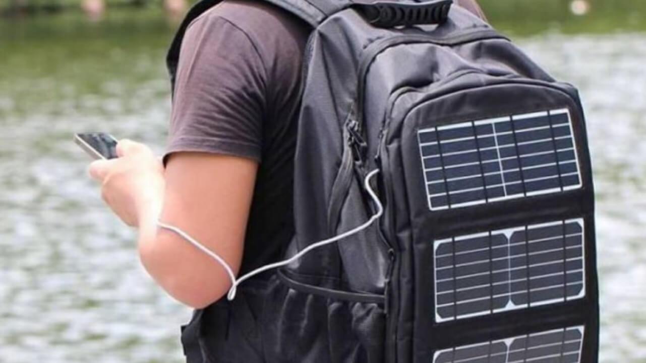 mochila cargador solar ecológica
